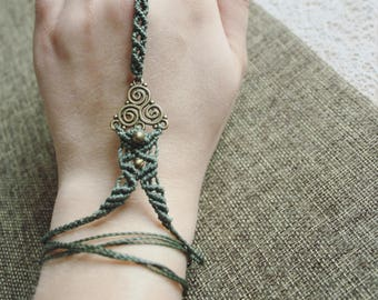 Hand jewelry with brass beads
