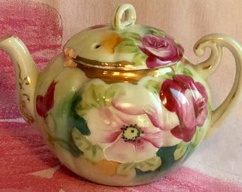 Pretty in Pink-Stunning Hand Painted Teapot Nippon