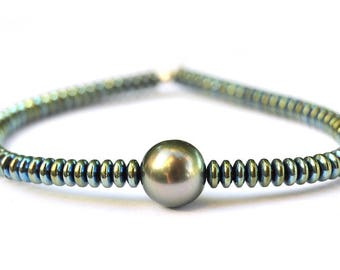 Green Tahitian pearl bracelet