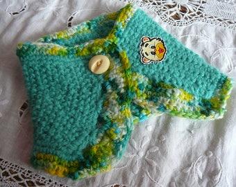 crochet green girl collar
