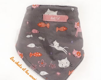 "Reversible bandana bib ""cats and mice dance"""