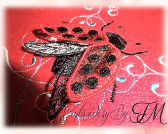 Ladybug embroidery with 3D wings / 4x4 hoop /