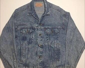 Vintage 80s Levis Strauss Original Denim Trucker jacket light wash acid