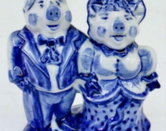 Pigs Gzhel porcelain figurines Souvenirs from Russia handmade painting
