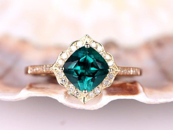 Emerald ring,emerald engagement ring,7mm cushion cut gem stone ring,retro vintage floral ring,14k yellow gold,bridal ring,diamond ring