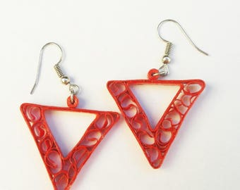 Red quilled dangle drop earrings, jewelry, women,style,triangle,geometric, quilled jewelry,summer,modern,elegant