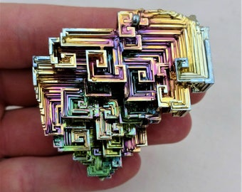 Rainbow Bismuth Crystal 108g Lab Grown Jewelry Display Specimen Educational Metaphysical Metal Healing Stone