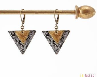 Resin triangle graphic black and enamel earrings glitter