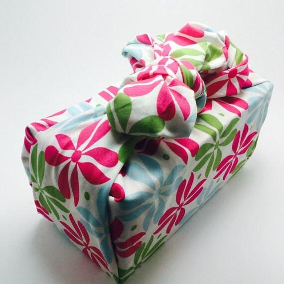 Furoshiki Gift Wrapping Cloth - Japanese Cotton Furoshiki - Retro Design by Kendo Girl