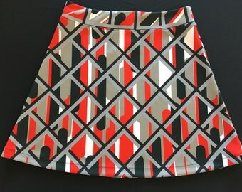 Dramatic Black/Red/Gray Print Activewear/Officewear Skirt Stretchy Fabric with Hidden Adjustable Tie Comfortable A-Line Cut Skims over Hips