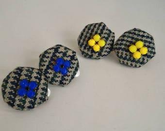 Orecchini clip con lana e strass /orecchini bottoni /orecchini fatti a mano /handmade earrings