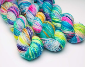 Ready to Ship  'Disco 2000' 100g sock weight SW Merino / hand dyed yarn / superwash/ indie dyer / sock yarn / crochet / knitting