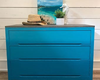 SOLD****Dresser / Mid-Century / Beachy Vibes / Turquoise Ombre