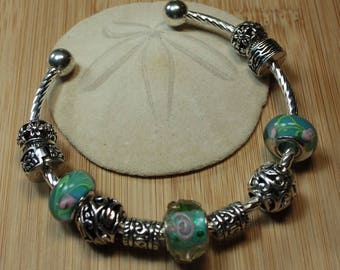 Bangle Bracelet European style with PAN32 turquoise murano lampwork bead and metal charms