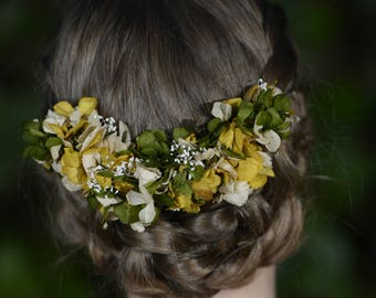 Flower hair adornment, floral hair accessories, naturally preserved boho flower headpiece, floral hair comb, wedding hair adornment