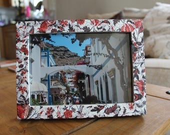 """7x5"""" Red floral hand decorated photo frame"""