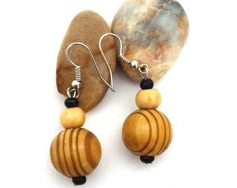 """""""Wood striped"""" earrings"""