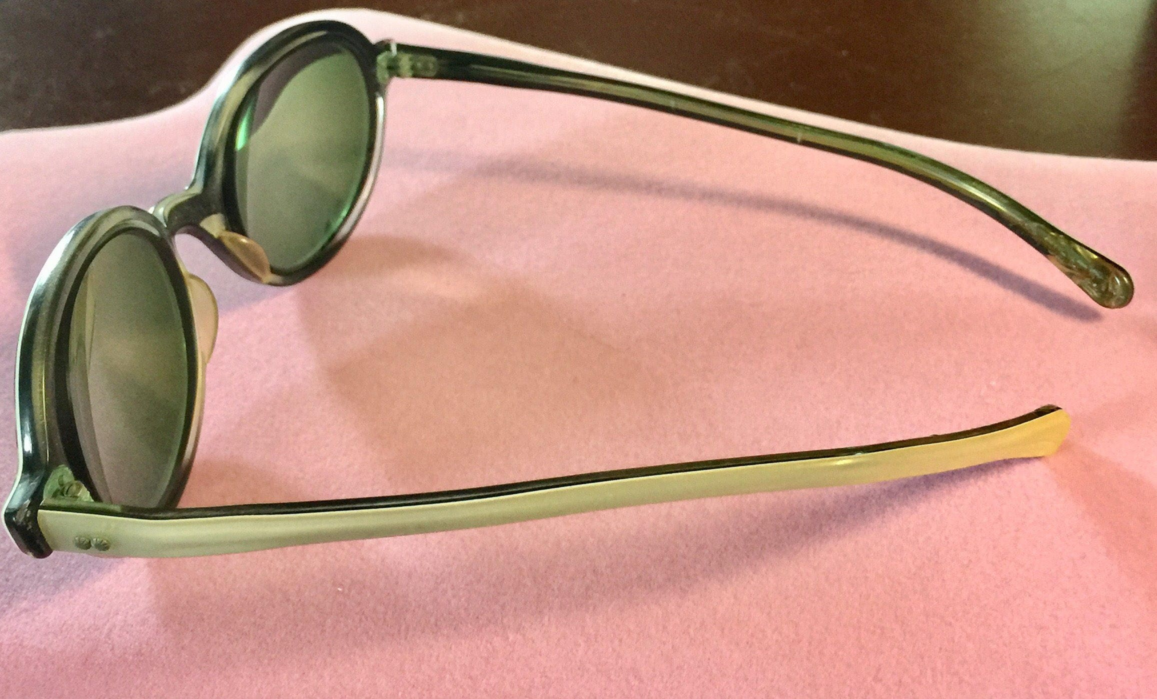 vintage 1960s round white hard plastic frames glasses eyeglasses funky retro stamped usa