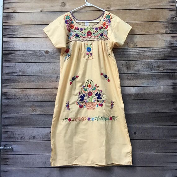 mexican embroidered dress -Small