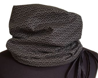 Snood in black and beige Japanese fabric