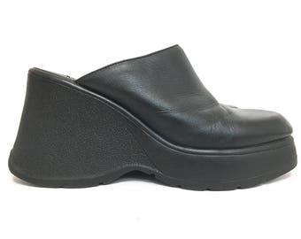 Chunky Platform Sandals Women 8.5 / 90s Aldo Vintage Black Leather Chunky Heel Mules / Black Slip On Sandals / Boho Leather Sandal Size 39