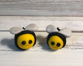 Clay Bee