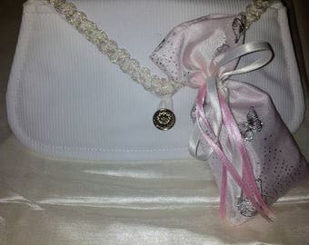 SPECIAL Christmas 528 pouch and lavender sachet, white cotton pique shiny lace adorns the edge of the flap