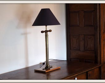 Handcrafted lamp, vintage English old pump.