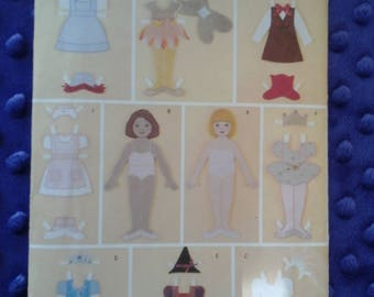 """Butterick Sewing Pattern 3280 12"""" Fabric Paper Dolls And Clothes Nurse Dorthy Bride Witch Princess Dresses"""