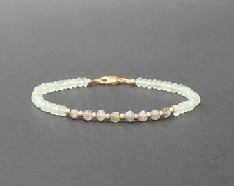 Aquamarine Labradorite Chalcedony Bracelet, Pale Green Bracelet, Labradorite Bracelet, Icy Green Jewelry, Labradorite Jewelry
