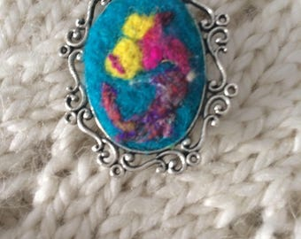 Cabochon brooch needle felted wool