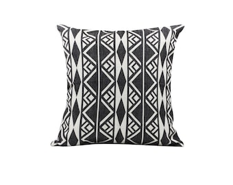 Aztec decorative pillow covers Tribal throw pillow covers Navajo pillow case Black pillow cases Sofa accent pillows Home decor gift 18x18
