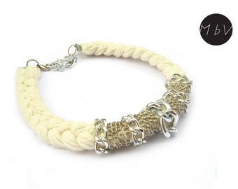 Fashion Jewelry Modern White Necklace with Metal Chain and Cotton