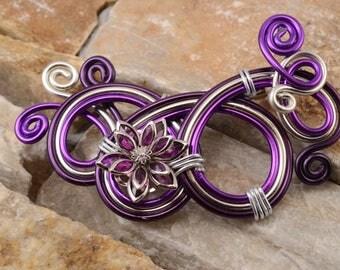 Purple flower brooch with Rhinestones