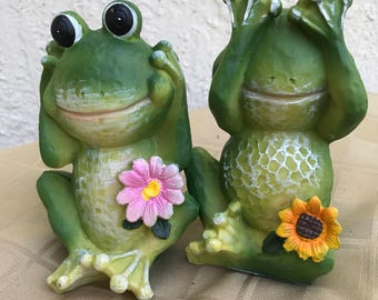 FREE SHIPPING FrogDecor.Statue.Outdoor Frog.Yard Decor.Green Ceramic Frog.Flower Frog.Garden Decor. Home Decor.