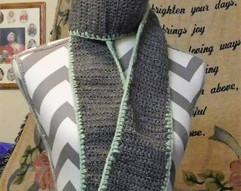 Gray and mint delight scarf