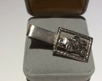 Old Fashioned Vehicle Tie Bar