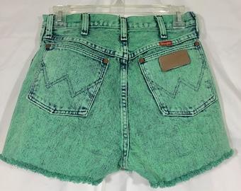 Vintage High Waisted Wrangler Shorts.