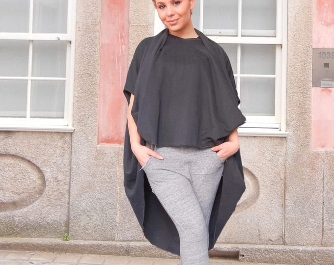 Lagenlook Oversized Extravagant Poncho, Plus Size Multi Black Tank Top, Asymmetric Baggy Overall, Smack Maternity Top
