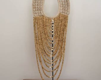 Long beige poppy necklace