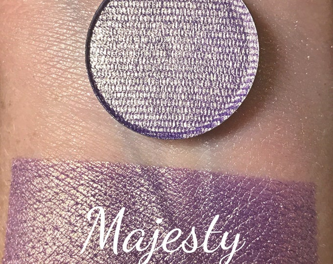 MAJESTY - Pressed Eyeshadow Pigment - DuoChrome Purple / Gold shimmer
