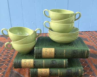 Vintage Melamine Cups and Saucer Set of Six, Avocado Olive Green Melamine Cups and Saucers, Green Melamine Mugs and Dishes