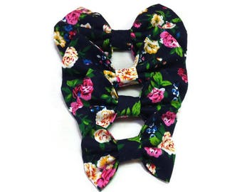 black floral roses , bow tie for dogs , for cats gift ideas , dog owner matching ,  accessories , wedding bow ties , for Bulldog, Mastiff