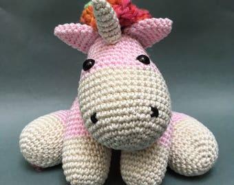 Small Crochet Unicorn