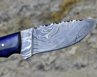 Damascus Hunting & Skinning Knife