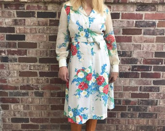 Floral 70s long sleeve dress with matching belt