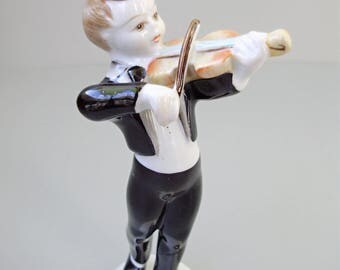 Vintage Hungarian,Hollohaza porcelain child figurine,little boy ,musician with violin,fiddler, stamped,hand painted,фарфоровая статуэтка