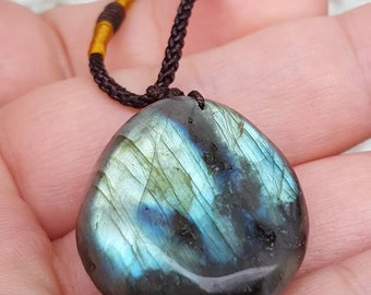 Flash Labradorite Pendant