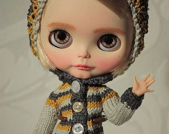 FREE SHIPPING -Sweater and Hat with pom-pom and Skirt for Blythe doll, Knitwear for Blythe doll, Set for Blythe doll