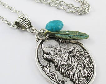 Howling Wolf Charm Sweater Necklace 75cm